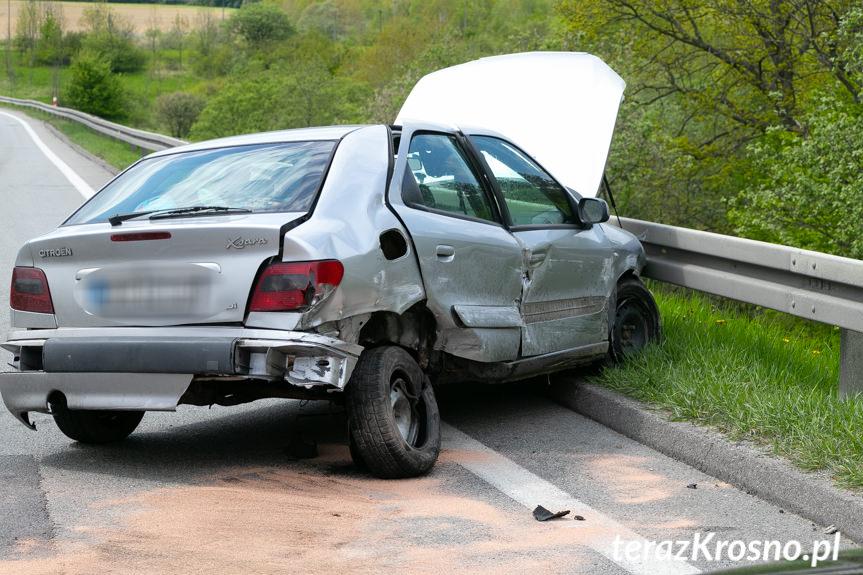 Wybitny Równe. Samochód osobowy uderzył w bariery energochłonne PM73