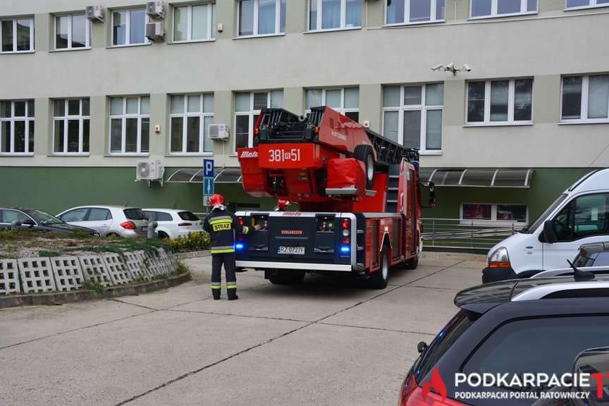 Ewakuacja Podkarpackie Urzędu Wojewódzkiego w Tarnobrzegu