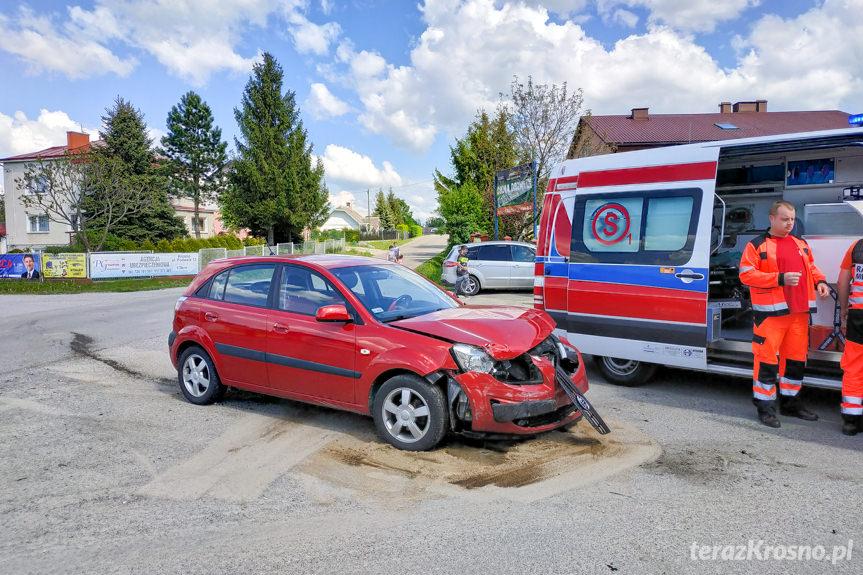 Kolizja drogowa na skrzyżowaniu w Kopytowej