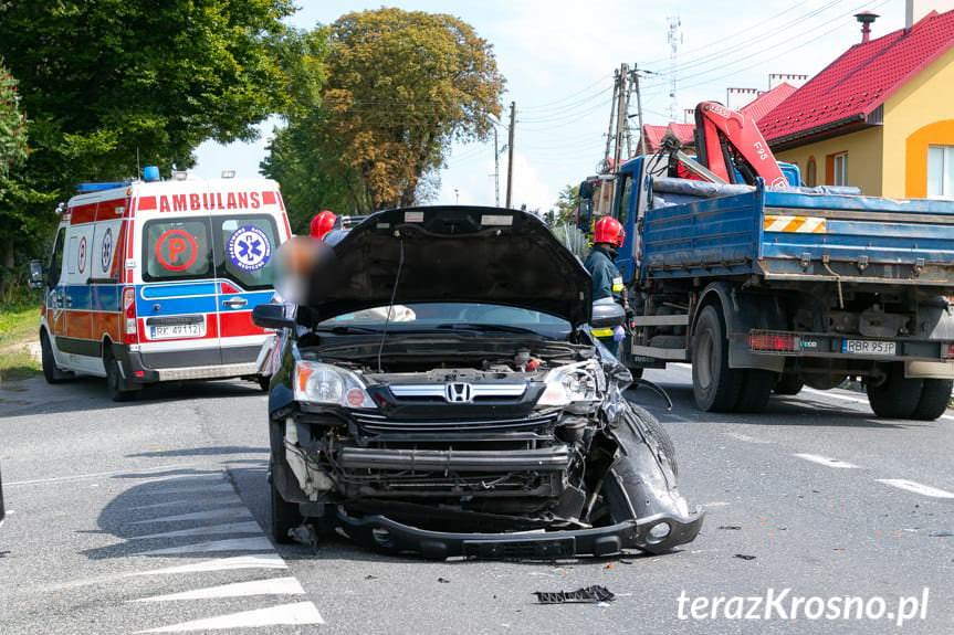 Łężany. Zderzenie dwóch samochodów osobowych