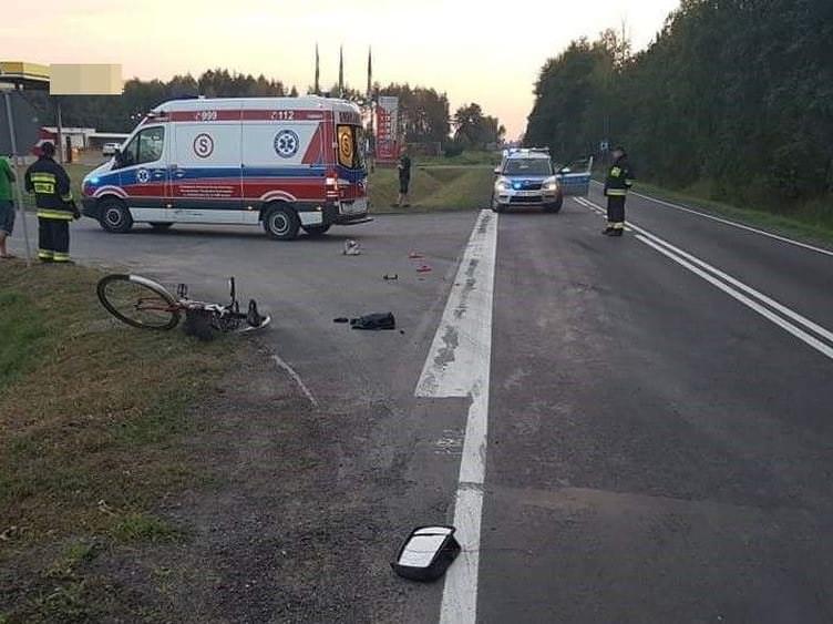 Potrącenie rowerzystki w  miejscowości Adamówka